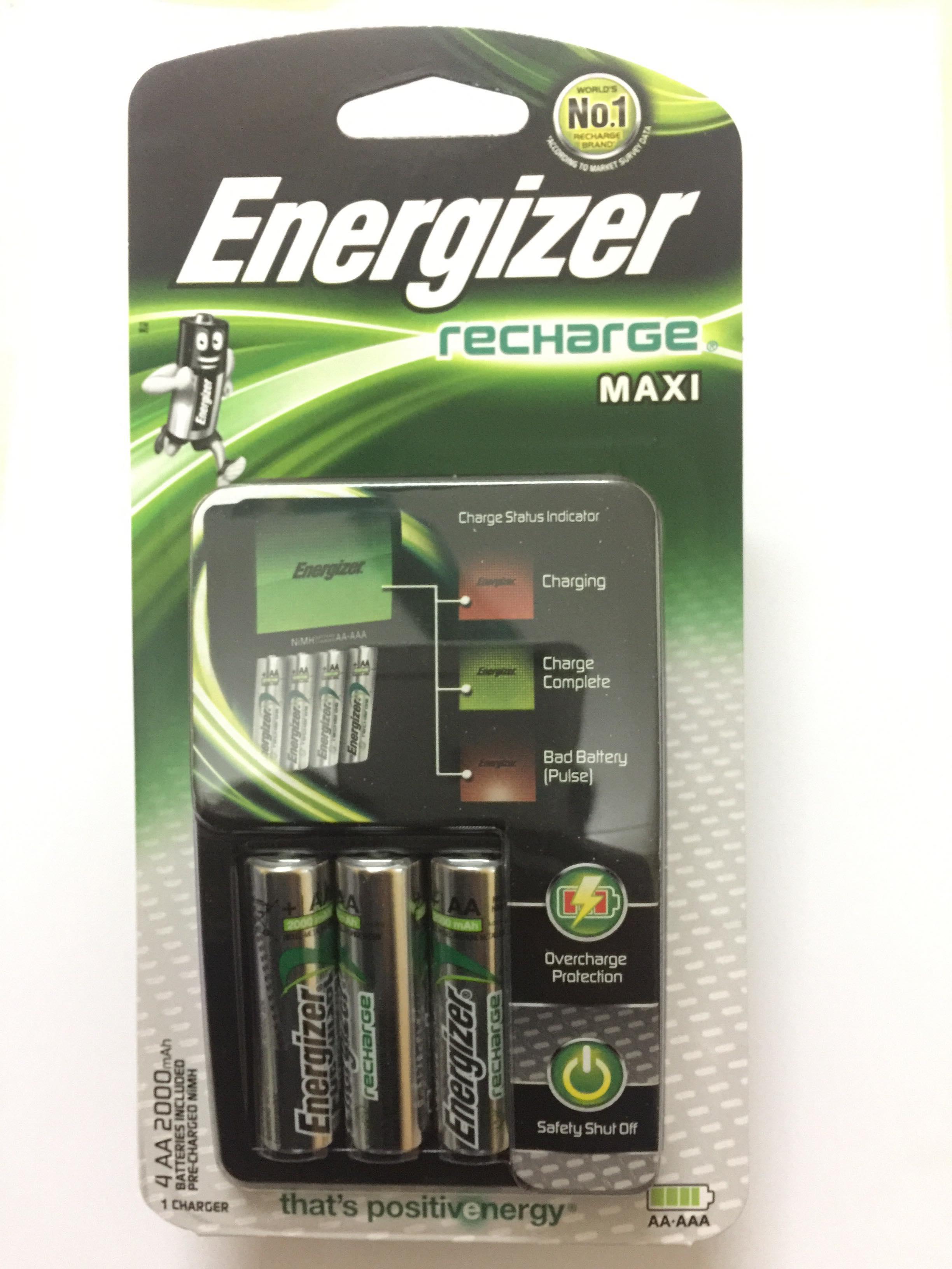 Máy sạc pin Energizer CHVCM4 kèm 4 pin sạc AA 2000mah